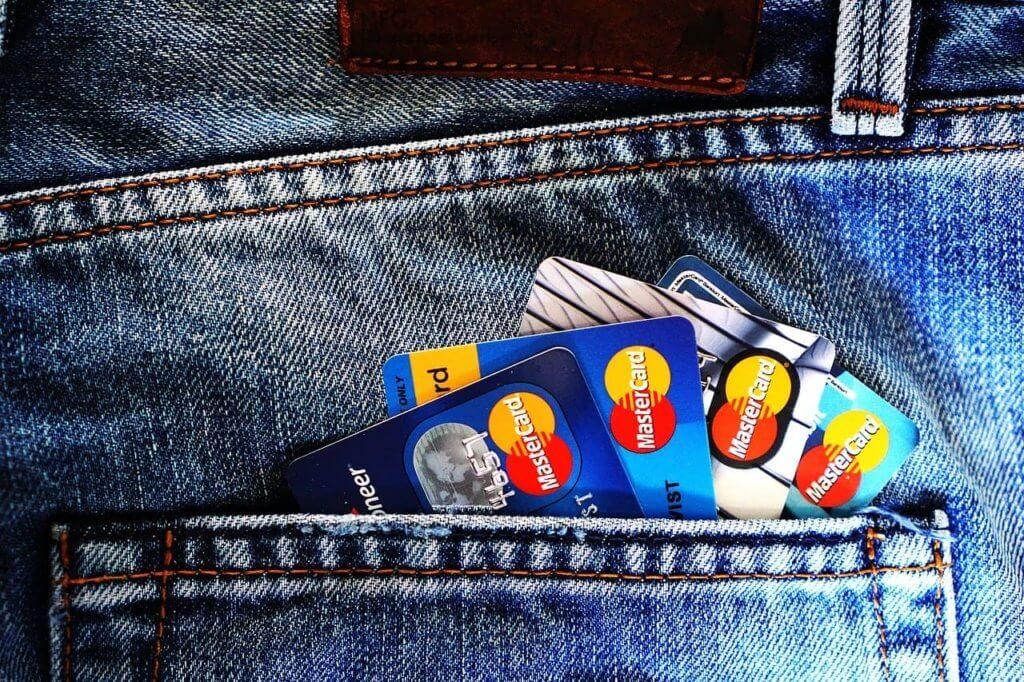 クレジットカードに問題があり、U-NEXTに登録できないパターン